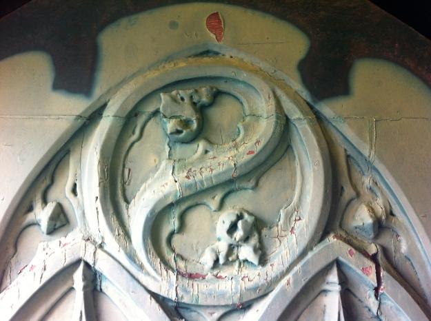 Kirchentür in Noia - Galicien
